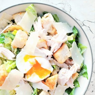 Poached Egg & Chicken Caesar Salad – An Everyday Americana Feast