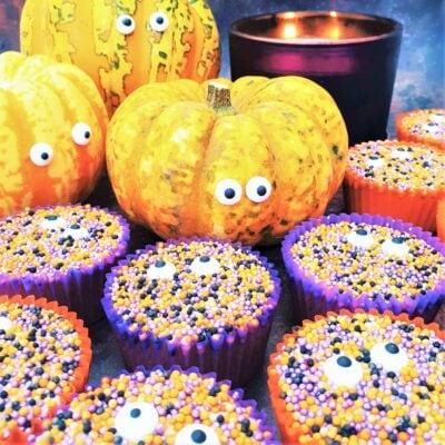 Easy Halloween Cupcakes (Fairy Cakes)