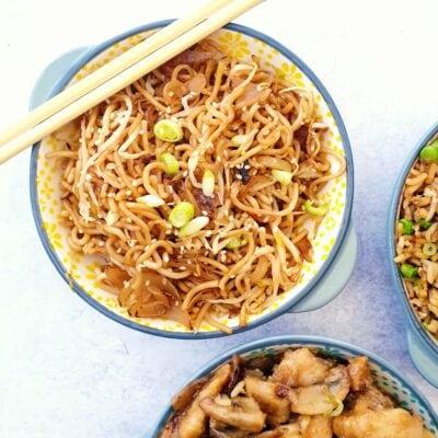 Plain Chow Mein (Vegan Stir Fry Noodles)