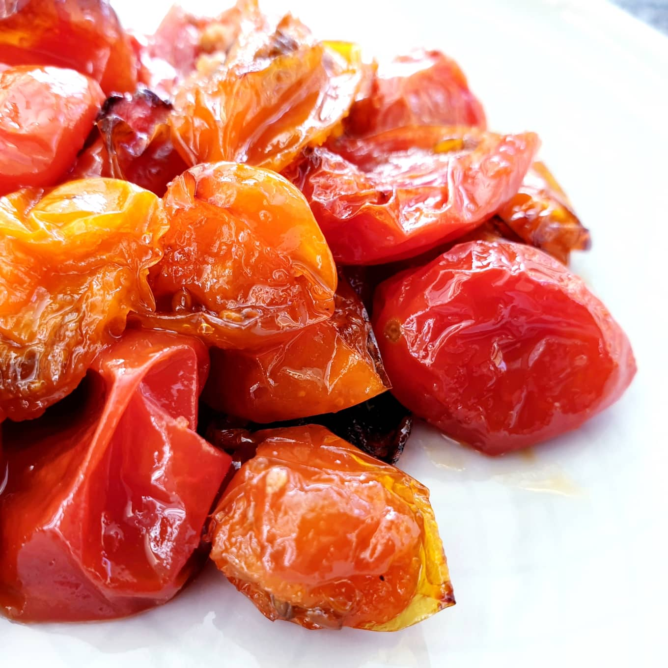 Maple Roasted Cherry Tomatoes (Vegan)